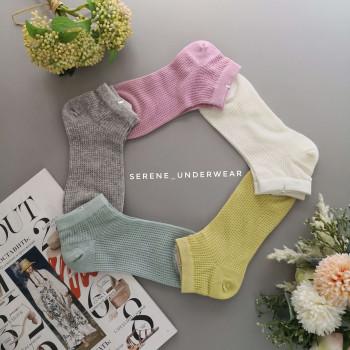 Жіночі короткі шкарпетки 639